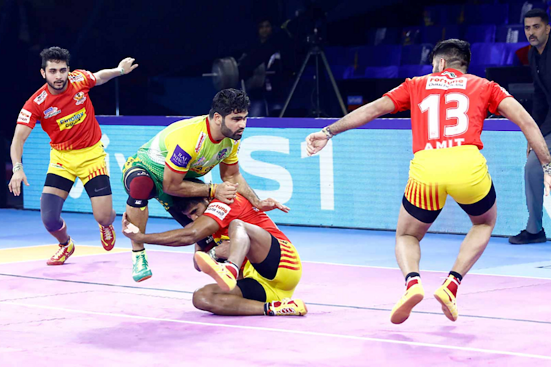 Pro Kabaddi 2019: Pardeep Narwal Shines in Patna Pirates' Thrilling Win Over Gujarat Fortunegiants