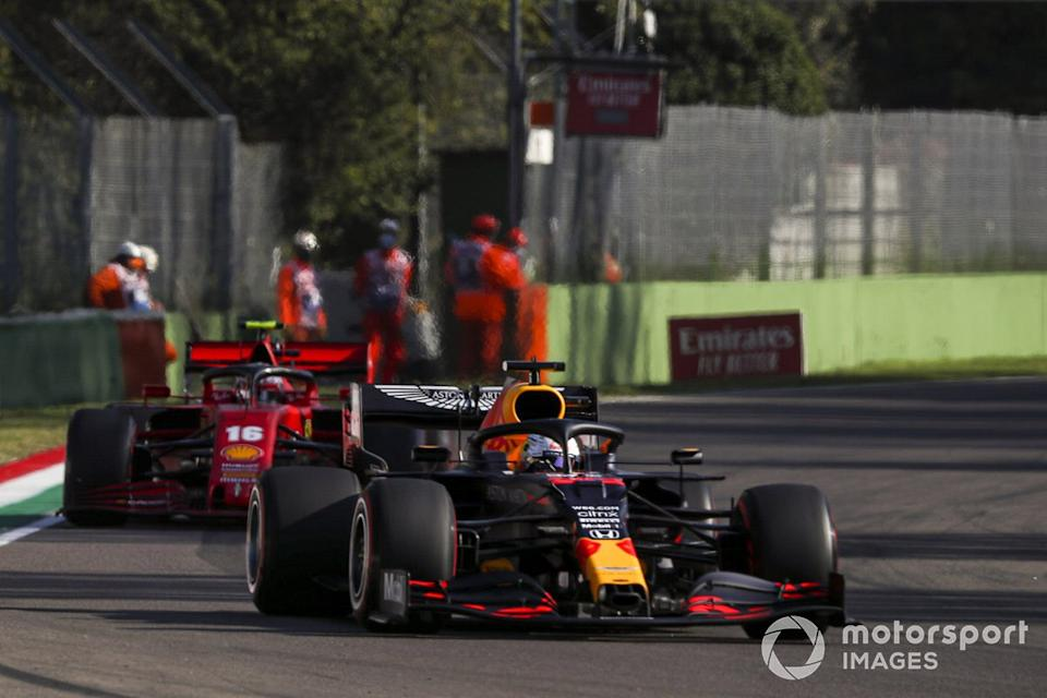 "Max Verstappen, Red Bull Racing RB16, Charles Leclerc, Ferrari SF1000<span class=""copyright"">Charles Coates / Motorsport Images</span>"