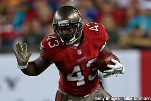 Lance Zierlein delves into line play around the NFL, touching on its impact on breakout studs like Bobby Rainey
