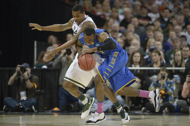 Delaware dismisses all-conference guard Jarvis Threatt