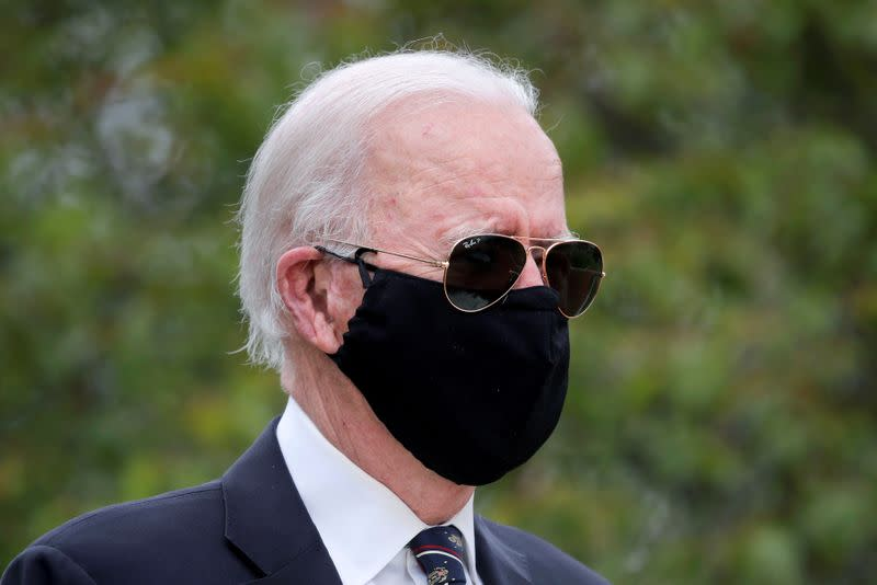 Biden on 100,000 coronavirus deaths: 'To those hurting, the nation grieves with you.'