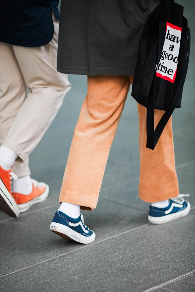 <p>A pair of peach orange pants can add a vibrant vibe to any urban wear. (Photo: Don Wong) </p>