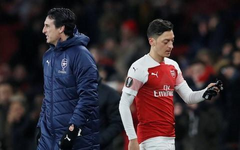 <span>Emery would not comment on whether Ozil could be sold in January</span>