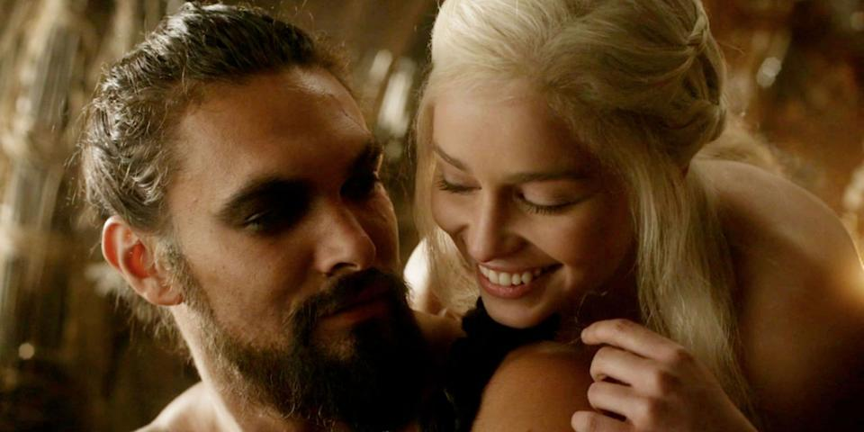 Jason Momoa and Emilia Clarke in Game of Thrones (Credit: HBO)