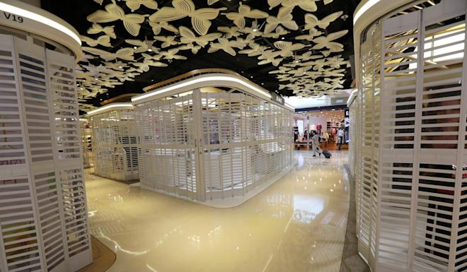 Shops at V City mall in Tuen Mun are closed during anti-government protests in the area on September 21. Photo: Felix Wong