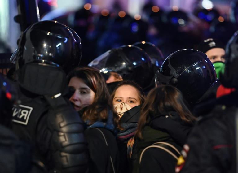 Police detain people during a protest in February 2020 in Moscow against a court decision that ordered Russian opposition leader Alexei Navalny jailed for nearly three years