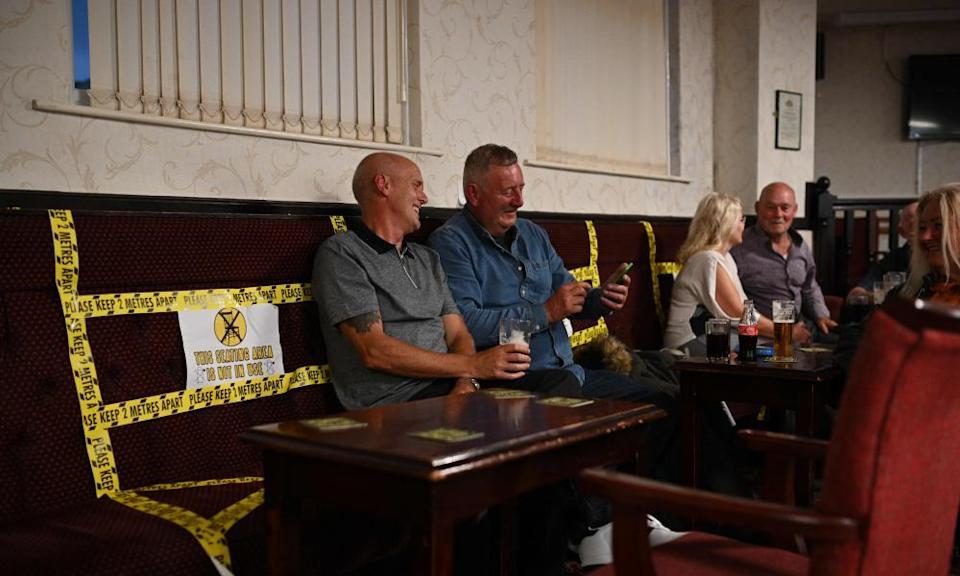 Drinkers in Burnley working men's club