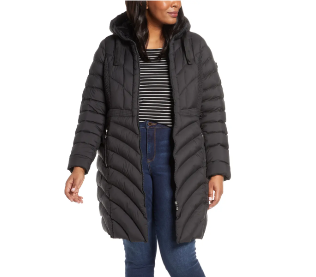 """<p>$225 </p><p><a class=""""link rapid-noclick-resp"""" href=""""https://go.redirectingat.com?id=74968X1596630&url=https%3A%2F%2Fwww.nordstrom.com%2Fs%2Fbernardo-packable-hooded-walker-coat-plus-size%2F5266800&sref=https%3A%2F%2Fwww.prevention.com%2Fbeauty%2Fstyle%2Fg29473259%2Fbest-winter-coats%2F"""" rel=""""nofollow noopener"""" target=""""_blank"""" data-ylk=""""slk:SHOP NOW"""">SHOP NOW</a></p><p>This beautiful plus-size winter coat is made for warmth and <strong>designed to accentuate curves</strong> (notice the inward pointing seam lines?). It's made with a synthetic, polyester fill if you're not a fan of down, and can be stuffed in your suitcase just as easily as it can be throwing in the laundry. Details include an adjustable hood and zip, hand-warming pockets. </p>"""