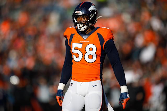 """Broncos linebacker Von Miller is resting at home and """"in good spirits"""" after testing positive for the coronavirus. (Justin Edmonds/Getty Images)"""