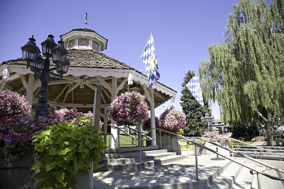 """<p>This town has a Bavarian village feel that makes it <a href=""""https://www.tripadvisor.com/Tourism-g58560-Leavenworth_Washington-Vacations.html"""" rel=""""nofollow noopener"""" target=""""_blank"""" data-ylk=""""slk:a must-visit"""" class=""""link rapid-noclick-resp"""">a must-visit</a> during Oktoberfest and during the holiday season. Take in spectacular views of the Pacific Northwest on nearby hiking trails or just take it easy with some shopping and wine tasting.</p>"""