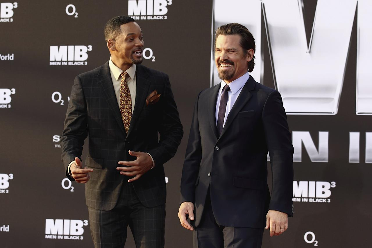 BERLIN, GERMANY - MAY 14:  (L-R) Will Smith and Josh Brolin arrive for the Men In Black 3 Germany Premiere at O2 World on May 14, 2012 in Berlin, Germany.  (Photo by Andreas Rentz/Getty Images for Sony)
