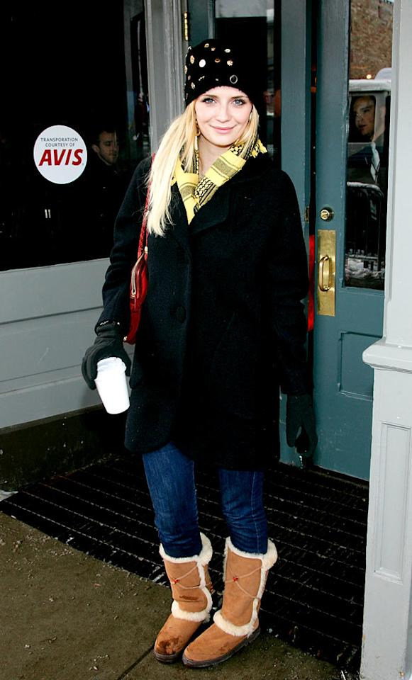 """Former O.C. star Mischa Barton accessorizes with a java-to-go, a hideous hat, a red handbag, and Ugg boots that went out of style two years ago. Brian Ach/<a href=""""http://www.wireimage.com"""" target=""""new"""">WireImage.com</a> - January 21, 2008"""