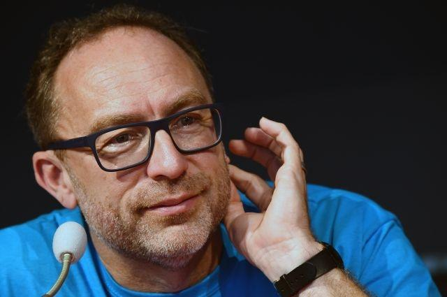Wikipedia co-founder aims high for new social media site run by user donations