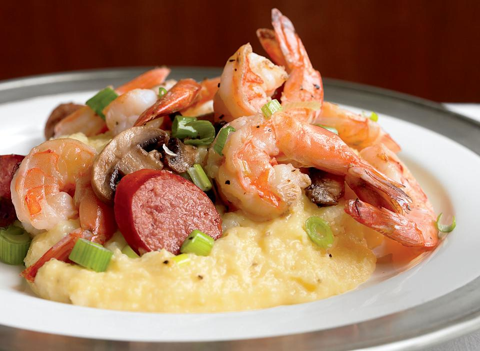 Low-calorie shrimp and grits