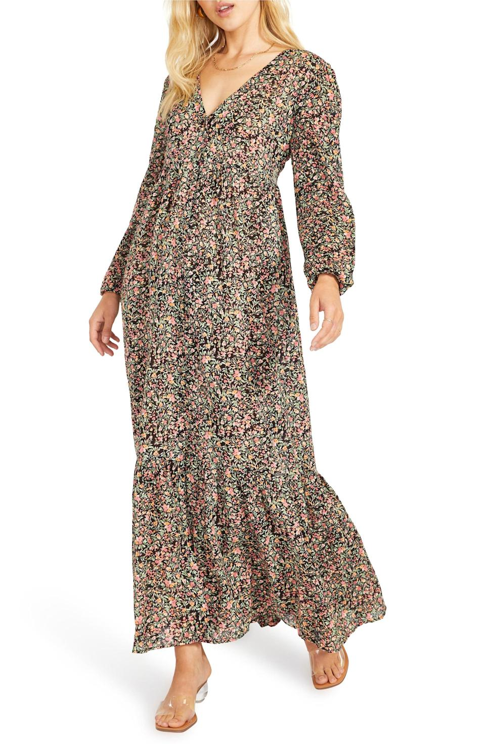 <p>Feel light and easy in this <span>BB Dakota Feature Length Film Floral Long Sleeve Maxi Dress</span> ($119).</p>