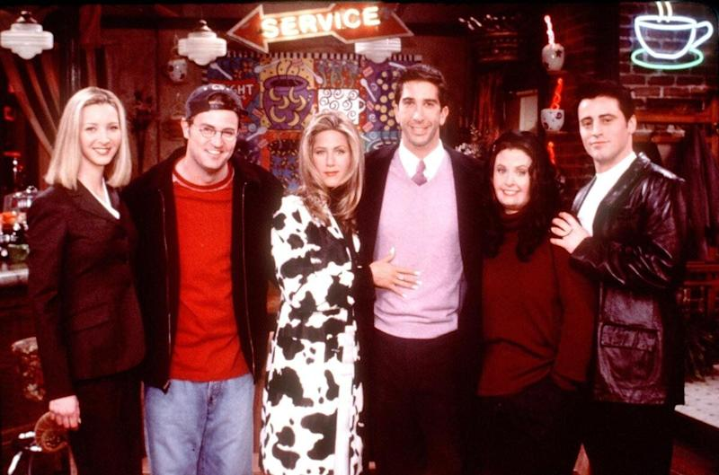 Friends Special Episode, 'The One That Could Have Been, Part One' From L-R: Lisa Kudrow, Matthew Perry, Jennifer Aniston, David Schwimmer, Courteney Cox Arquette And Matt Leblanc. All The Friends Ponder What Might Have Been If Each Had Taken A Different Path In Life And They Imagine: That A Frustrated Ross (Schwimmer) Stays With His Wife Carol (Jane Sibbett) And Ignores Her Disinterest In Him; A Married Rachel (Aniston) Is Starstruck When She Meets Hunky 'Days Of Our Lives' Star Joey (Leblanc) Who Never Lost His Job As Dr. Drake Ramoray; Phoebe (Lisa Kudrow) Is A Corporate Stockbroker; And A Portly Monica (Cox Arquette) Frets About Losing Her Virginity While Chandler (Perry) Is A Struggling Writer Who Stoops To Working As Joey's Lowly Assistant Just To Make Ends Meet. (Photo By Getty Images)