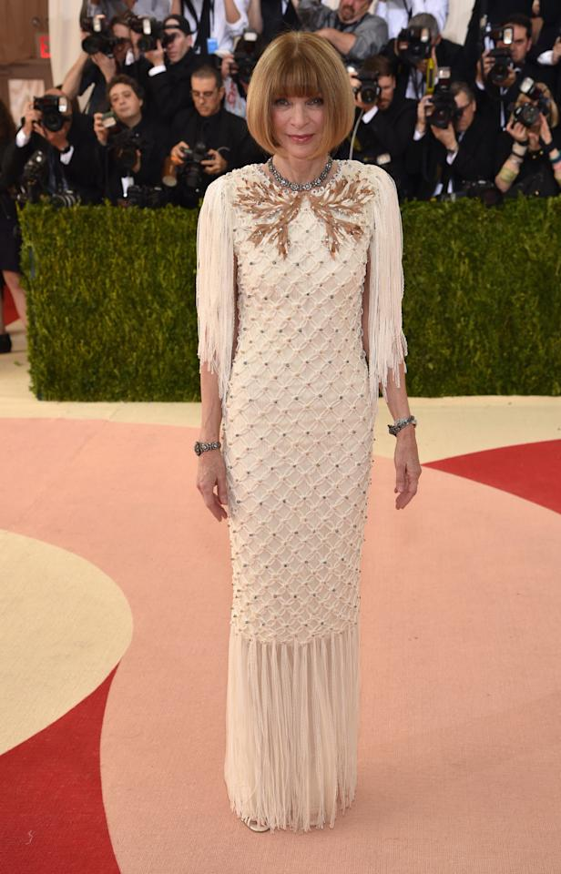 <p>Fringed and fabulous! The editor-in-chief of <i>Vogue </i>looked to the 1920s for her inspiration.<i>(Photo: Getty Images)</i></p>