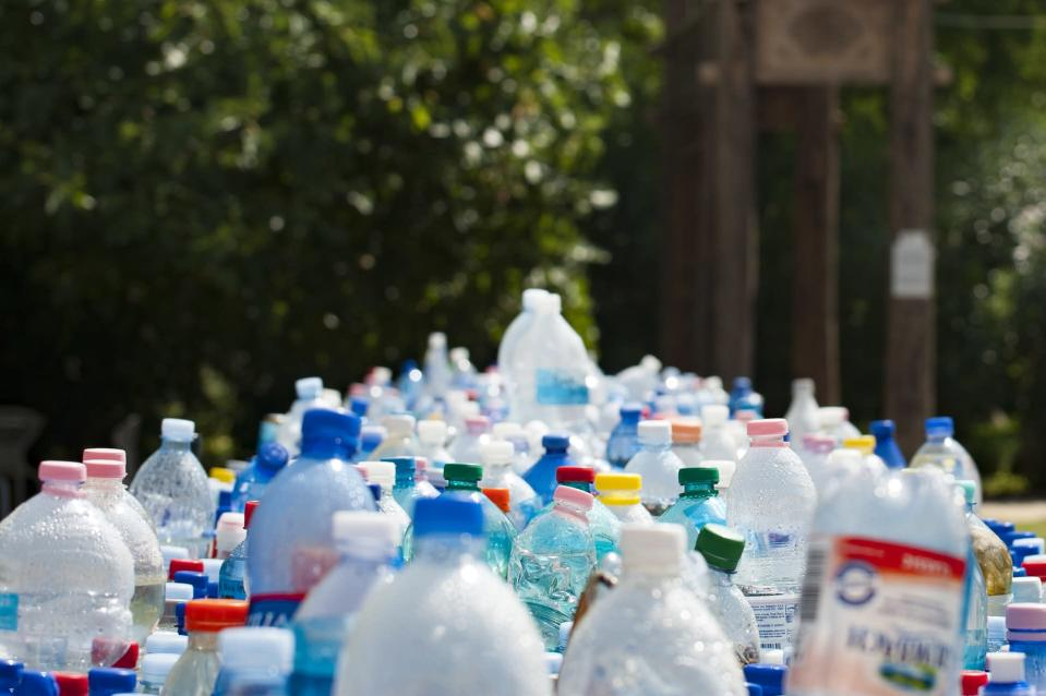 Here's how to unleash your plastic power [Photo: mali maeder via Pexels]