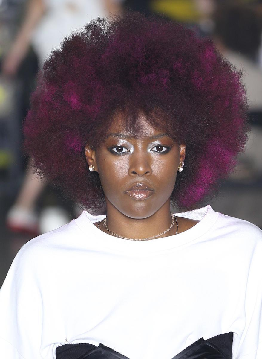 <p>The deeper the berry, the sweeter the hair. (Photo: Getty Images) </p>