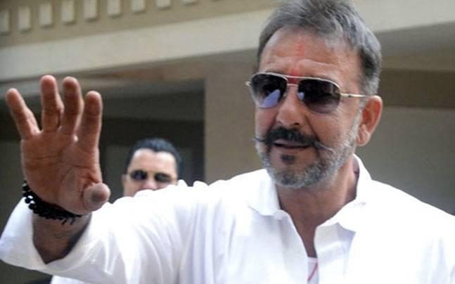 Bailable warrant issued against actor Sanjay Dutt cancelled by Andheri court