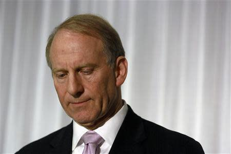 Former U.S. diplomat Richard Haass reacts at a news conference in Belfast following the end of talks to resolve divisive issues that have hampered the Northern Ireland peace process which have broken up without agreement, December 31, 2013. REUTERS/Cathal McNaughton