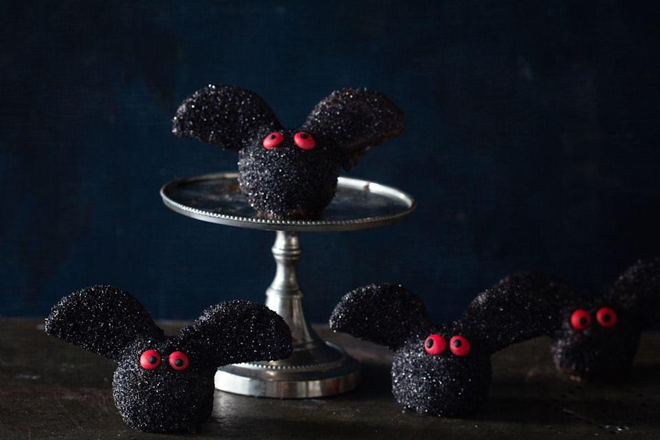 """<p>So good, these fudgy brownie bat truffles will fly away in no time.</p><p>Get the recipe from <a href=""""https://www.delish.com/cooking/recipe-ideas/recipes/a43946/brownie-bat-truffles-recipe/"""" rel=""""nofollow noopener"""" target=""""_blank"""" data-ylk=""""slk:Delish"""" class=""""link rapid-noclick-resp"""">Delish</a>. </p>"""