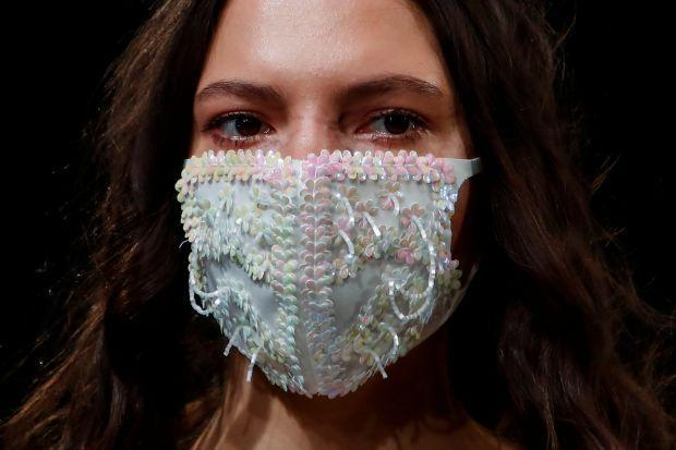 Cloth face masks will soon have certification labels
