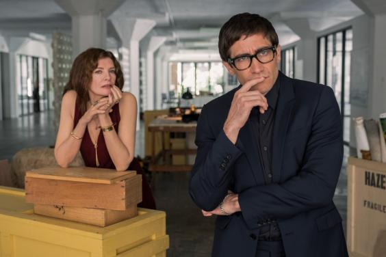 Rene Russo and Jake Gyllenhaal in 'Velvet Buzzsaw' (Courtesy of Sundance Institute/photo by Claudette Barius)