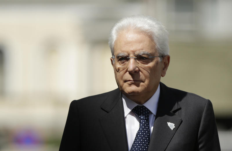President of Italy Sergio Mattarella poses for photo during ceremony of welcoming delegation of Brdo Brijuni leaders meeting in Sarajevo, Bosnia on Sunday, May. 29, 2016. The Brdo Brijuni process is an initiative generated by Slovenia and Croatia with political dialogue and regional cooperation for smooth integration with European Union for the Eastern Europe countries. (AP Photo/Amel Emric)