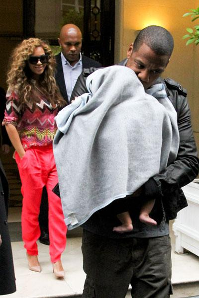 Beyoncé and Jay-Z - Last February, one month after the birth of Blue Ivy, the power couple posted photos of their daughter on their HelloBlueIvyCarter Tumblr site. However, the superstars have neglected to share more photos. Whenever they take Blue Ivy in public, a blanket always covers her face. In September, paparazzi photographers captured a glimpse of the beautiful baby while her family vacationed on a private yacht. (photo: FilmMagic)