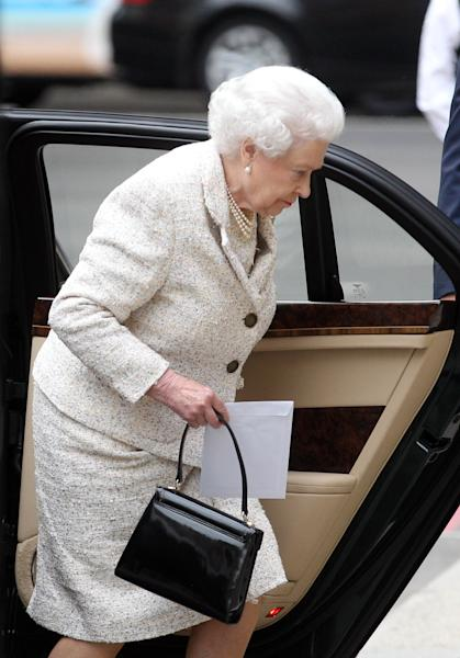 "Britain's Queen Elizabeth II arrives at the London Clinic, Monday June 10, 2013, in central London, where her husband the Duke of Edinburgh is recuperating following an operation on his abdomen. The Duke of Edinburgh is ""comfortable and in good spirits"" following the exploratory operation, Buckingham Palace said early Monday evening. (AP Photo/PA, Lewis Whyld) UNITED KINGDOM OUT NO SALES NO ARCHIVE"