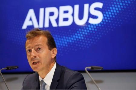Boeing loses first 737-Max-customers of Airbus