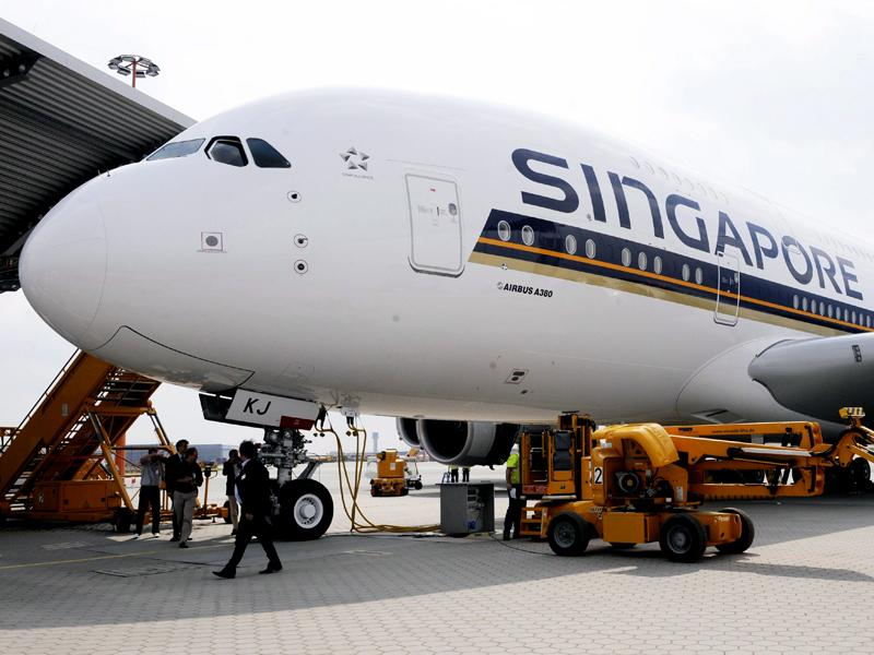 Singapore Airlines pilot fails alcohol test. Flight SQ247 Melbourne to Wellington cancelled.