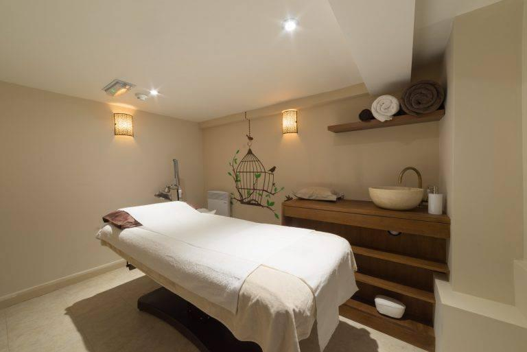 The GinSen clinic offers acupuncture for a variety of health conditions (The GinSen Clinic )