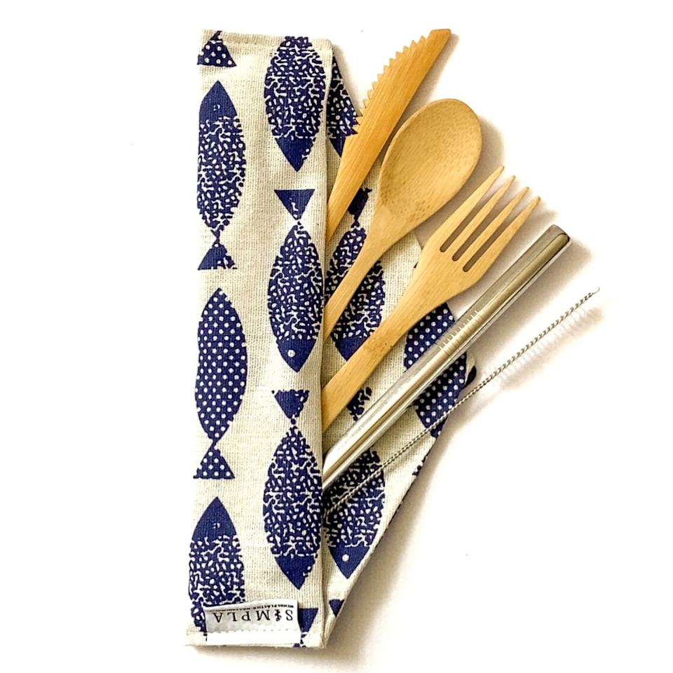 """<h2>Simpla</h2><br>This clean brand's motto is """"Less plastic, More awareness."""" And founder Cristina González Rodriguez truly believes in its meaning; she was inspired to create Simpla to educate the public on the importance of a zero-waste lifestyle, and making it as affordable as possible. They sell everything from bamboo hairbrushes and toothbrushes to bamboo travel utensils at an affordable price. <br><br><em>Shop <strong><a href=""""https://www.simplapr.com/"""" rel=""""nofollow noopener"""" target=""""_blank"""" data-ylk=""""slk:Simpla"""" class=""""link rapid-noclick-resp"""">Simpla</a></strong></em><br><br><strong>Simpla</strong> Cubiertos Reusables de bambú, $, available at <a href=""""https://go.skimresources.com/?id=30283X879131&url=https%3A%2F%2Fwww.simplapr.com%2Fproducts%2Fcubiertos-reusables-bambu"""" rel=""""nofollow noopener"""" target=""""_blank"""" data-ylk=""""slk:Simpla"""" class=""""link rapid-noclick-resp"""">Simpla</a>"""