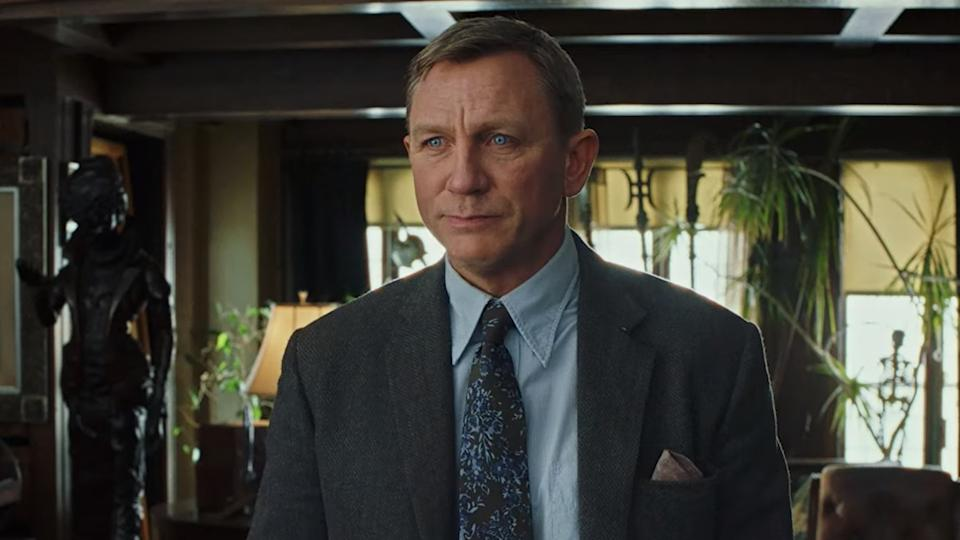 Daniel Craig in the trailer for Rian Johnson's thriller 'Knives Out'. (Credit: Lionsgate)