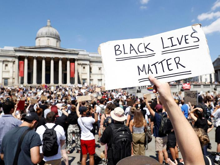 Hundreds of people ignored social distancing guidelines in Trafalgar Square: Reuters