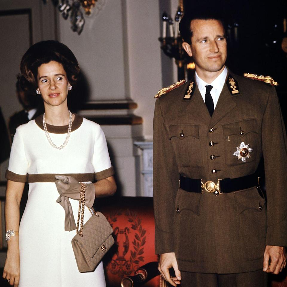 <p>Beige and neutral bags hit the scene next, and keeping it in the royal sphere, Queen Fabiola of Belgium toted this one with her while on official duty with King Baudouin. She even matched it to her leather gloves. </p>
