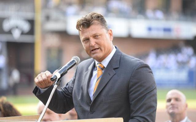 Trevor Hoffman's Hall of Fame speech will have to wait at least one more year. (Getty Images)