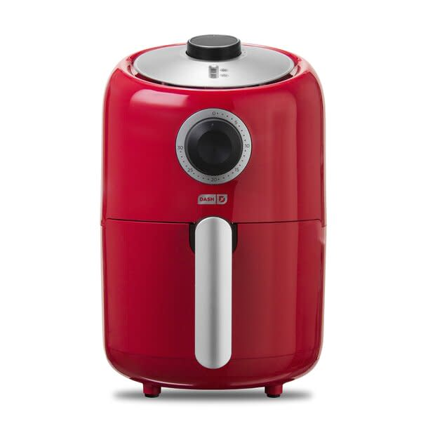 DASH Compact Air Fryer in red