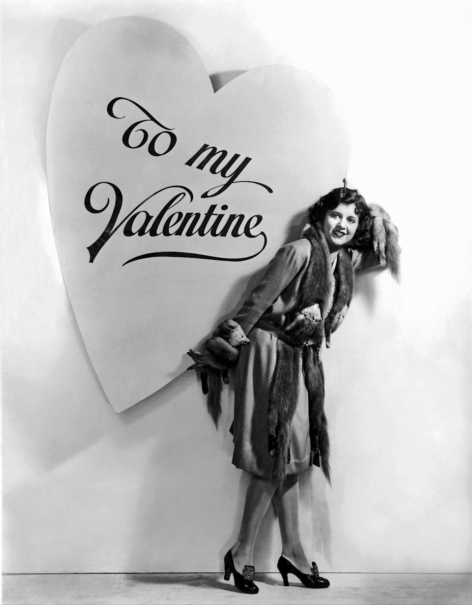 <p>Actress Dorothy Gulliver delivers one super-sized Valentine's Day card. </p>
