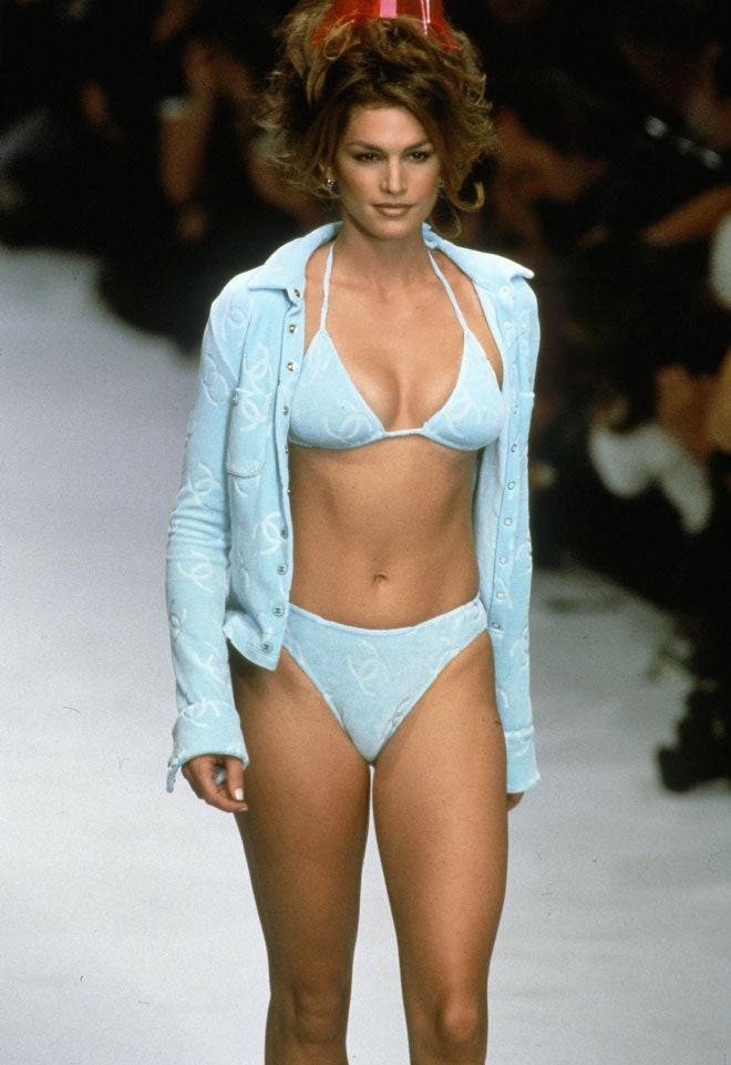 Cindy Crawford during the Chanel Spring/Summer 1996 show