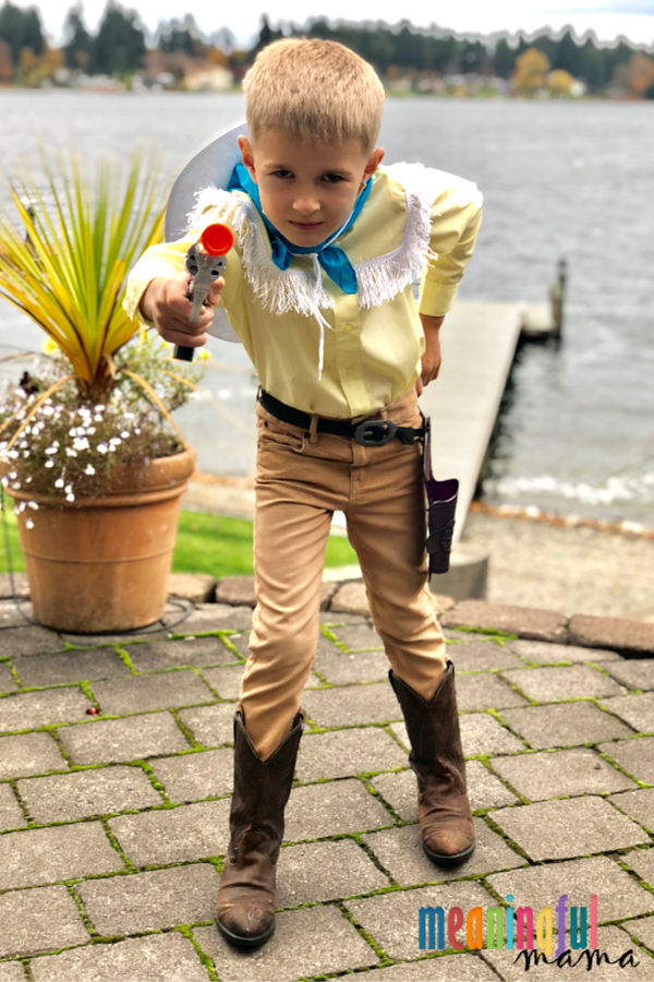 """<p>Whether you simply love cowboys or Mike Teavee's entertainment-obsessed attitude, this easy-to-recreate costume will be right up your alley.</p><p><strong>Get the tutorial at </strong><a href=""""https://meaningfulmama.com/the-original-charlie-and-the-chocolate-factory-diy-family-halloween-costumes.html"""" rel=""""nofollow noopener"""" target=""""_blank"""" data-ylk=""""slk:Meaningful Mama"""" class=""""link rapid-noclick-resp""""><strong>Meaningful Mama</strong></a><strong>.</strong></p><p><a class=""""link rapid-noclick-resp"""" href=""""https://www.amazon.com/Cotton-Fringe-Tassel-Yards-White/dp/B074CWDTGR/ref=sr_1_7?tag=syn-yahoo-20&ascsubtag=%5Bartid%7C10050.g.28698768%5Bsrc%7Cyahoo-us"""" rel=""""nofollow noopener"""" target=""""_blank"""" data-ylk=""""slk:SHOP WHITE FRINGE TRIM"""">SHOP WHITE FRINGE TRIM</a></p>"""