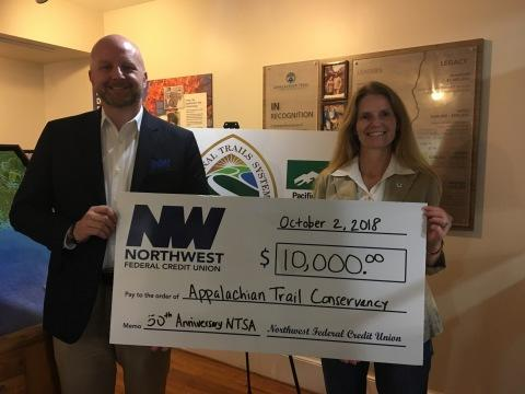 Nw Federal Credit Union >> Northwest Federal Donates 10 000 To The Appalachian Trail