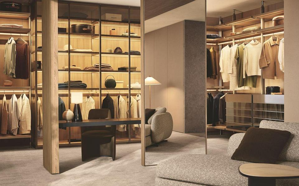 """<p>Lexington is a pillar-based bedroom system available in two configurations: wall or ceiling, in the latter case with the possibility of designing double-sided compositions, finished on both sides. Lexington marks an evolution in the world of systems, with a view to total integration across the different rooms of the house.</p><p>Discover the Collection: <a href=""""https://www.poliform.it/en/products/lexington/"""" rel=""""nofollow noopener"""" target=""""_blank"""" data-ylk=""""slk:poliform.com"""" class=""""link rapid-noclick-resp"""">poliform.com </a></p>"""