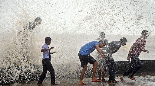 High Tide Timing in Mumbai For Today: Wave Measuring 4.33 Metres Expected at 1.51 PM, Says IMD