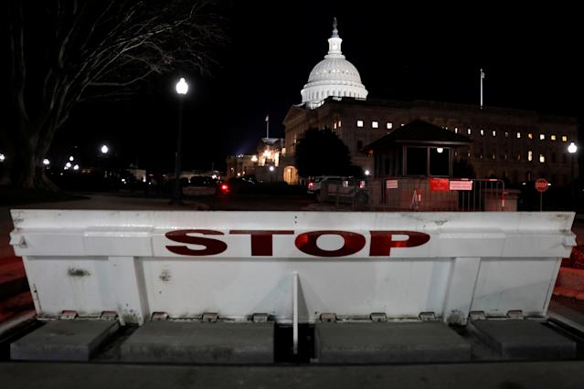 <p>U.S. Capitol is seen shortly after beginning of the government shutdown in Washington, Jan. 20, 2018. (Photo: Yuri Gripas/Reuters) </p>
