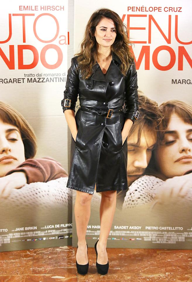 ROME, ITALY - NOVEMBER 05:  Actress Penelope Cruz attends the 'Venuto Al Mondo' photocall at ST Regis on November 5, 2012 in Rome, Italy.  (Photo by Ernesto Ruscio/Getty Images)