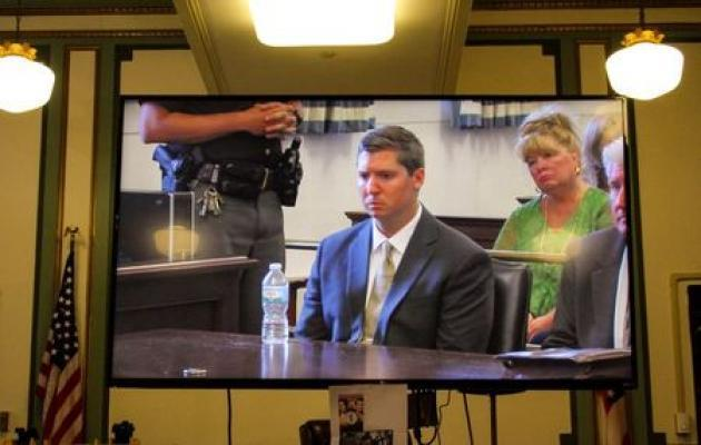 Ohio ex-cop who shot black motorist will not face new trial