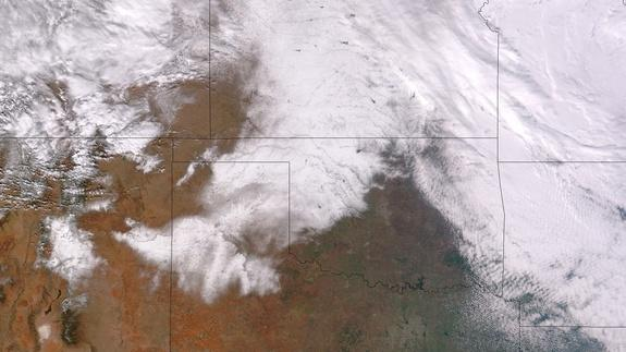 NASA's Suomi NPP satellite captured this visible-light image of Monday's record-setting snowfall in Texas.